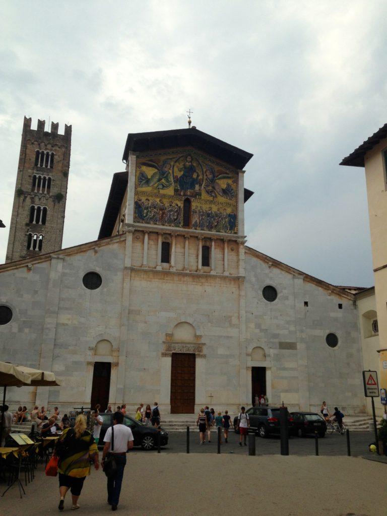 Exploring Tuscany: Tour de Lucca!