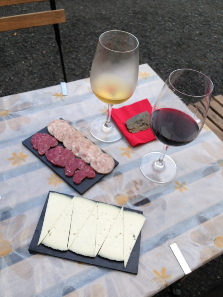 5 Tips for Awesome Wine and Tapas in Priorat Spain