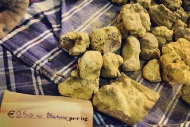 Monday Munchies: Alba White Truffles