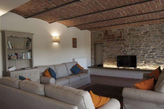 Barolo villa rental