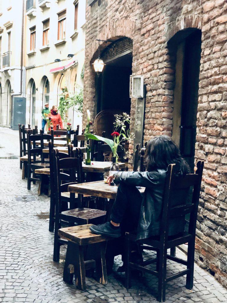 econda Balena Verona wine bar