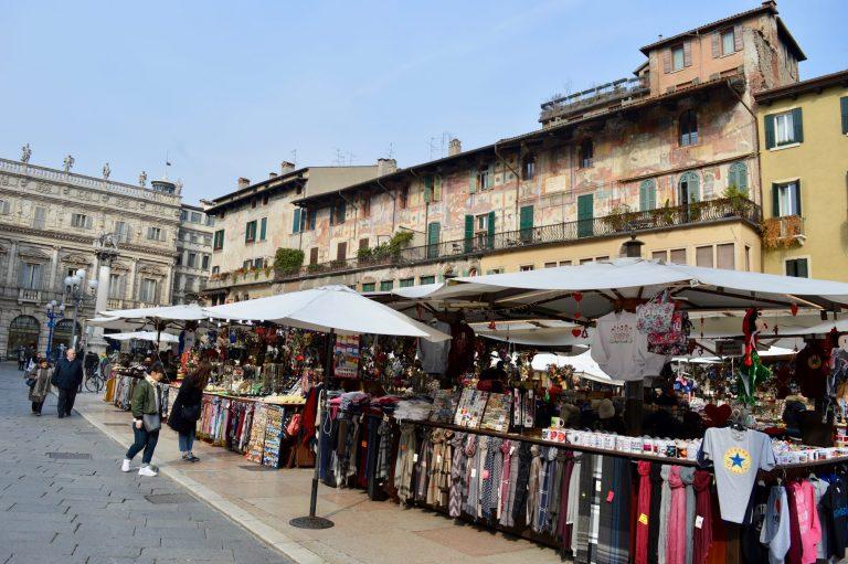 Piazza delle Erbe mercato