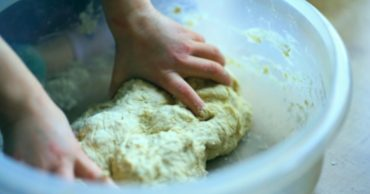 pizza dough recipe by hand